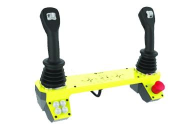 Commande électro-proportionnelle avec joysticks