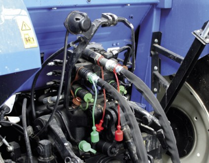 Branchement hydraulique directement sur le tracteur - De série